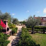 Villette con giardino e barbecue